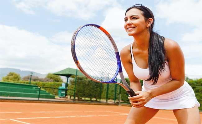 Photo de Tennis.fr tombe dans les filets de 4 entrepreneurs adeptes de la petite balle jaune