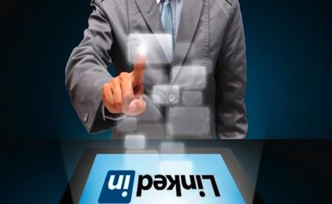 Photo de [Slideshare] Dix ans de LinkedIn: 225 millions de membres et près d'1 milliard de CA