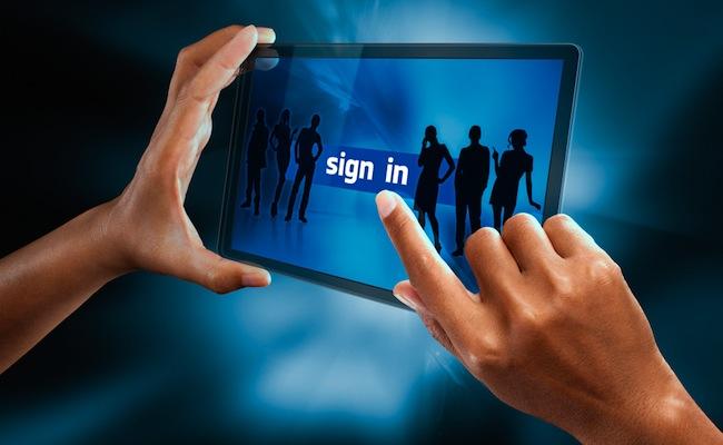 Photo de [Infographie] 52% des marketeurs ont déjà recruté des consommateurs via Facebook