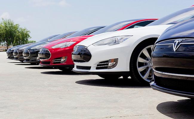 Photo de Face à des ventes décevantes en Chine, Tesla va devoir sabrer dans ses effectifs