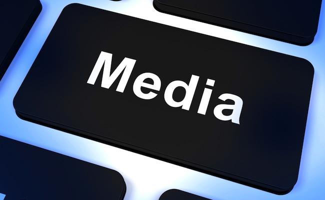 Photo de [Media News] Adblock, la nouvelle plaie des médias en ligne, TF1 et YouTube font amis amis, offres d'emploi media…