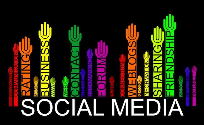 Photo de [Infographie] Le paysage des médias sociaux en 2013, par Brian Solis