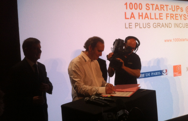 Photo de [La photo du jour] 1000 startups@La Halle Freyssinet : c'est parti!