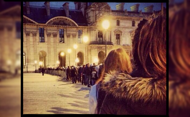Photo de [La photo du jour] Camping sauvage au musée du Louvre?