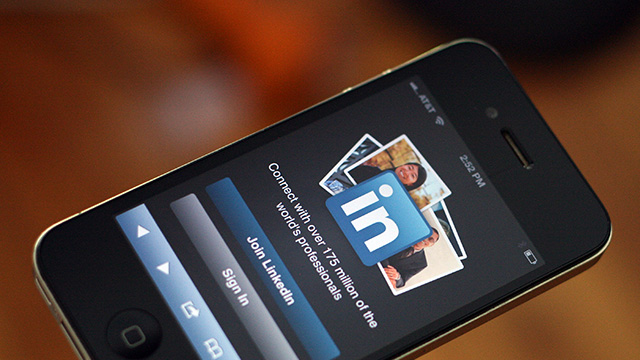 Photo de LinkedIn réalise 38% de son trafic sur mobile