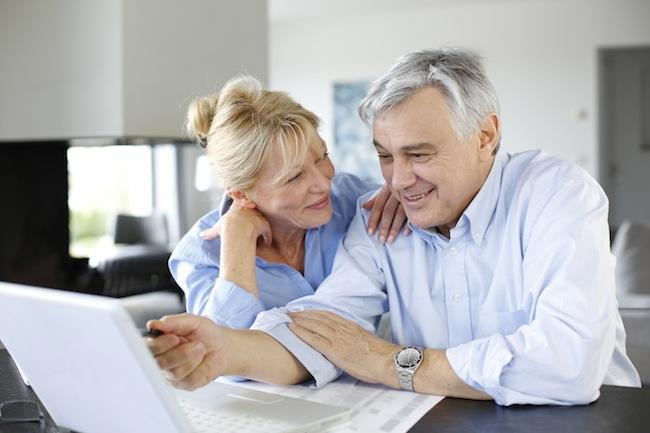 Photo de E-commerce : le nombre de seniors achetant sur internet s'envole en France (+44%)
