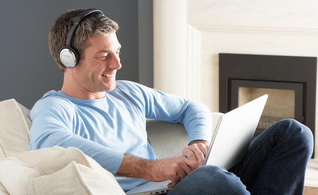 Photo de Deezer, Spotify… La musique en streaming génère 1 milliard de dollars de chiffre d'affaires