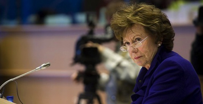 Photo de Censure d'Uber en Belgique: Neelie Kroes parle d'un « cartel des taxis »