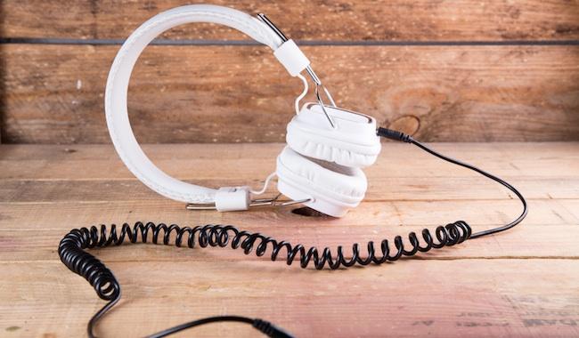 Photo de La musique en streaming s'envole, les ventes digitales trinquent