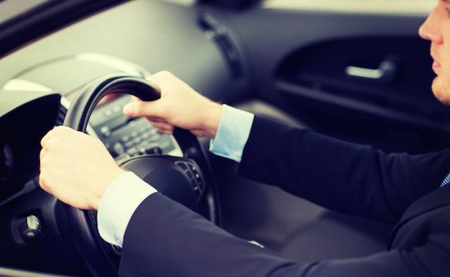 chauffeur-voiture