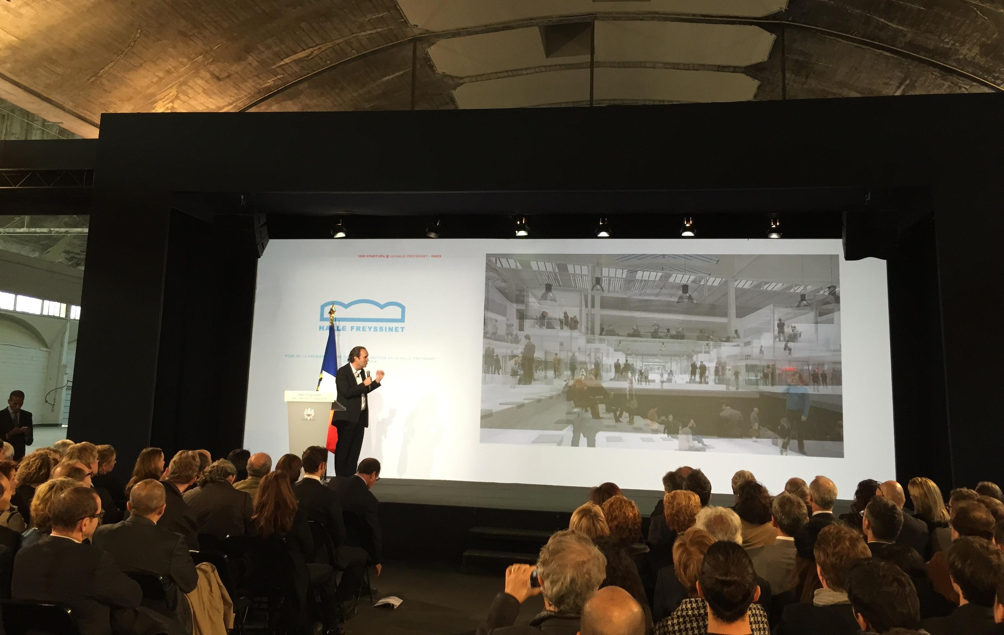 Photo de [Off the record] Xavier Niel invite François Hollande et Anne Hidalgo dans le «plus grand incubateur du monde»