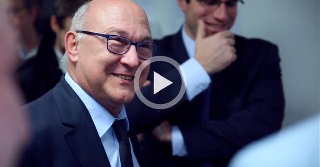 Photo de [Interview] Le Ministre des Finances Michel Sapin en immersion à l'incubateur Creative Valley