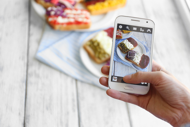 Photo de L'Internet mobile générera 42 milliards d'euros de revenus en France en 2017 selon le BCG