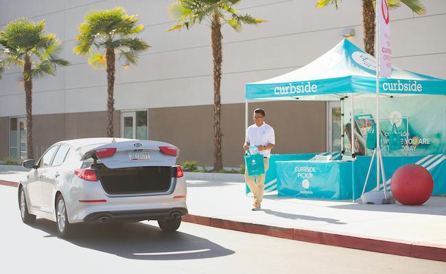 Photo de [Start-up Concept] Curbside, un drive itinérant pour les achats sur mobile