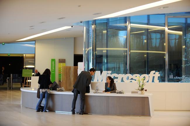 Photo de [En bref] Nicolas Gaume débarque chez Microsoft France, Sylvain Cazard prend les commandes de VMware France…