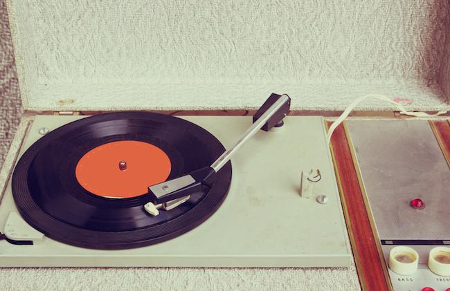 Photo de [Digital Music] Les infos essentielles: Shutterstock rachète PremiumBeat, Twitch lance sa librairie musicale…