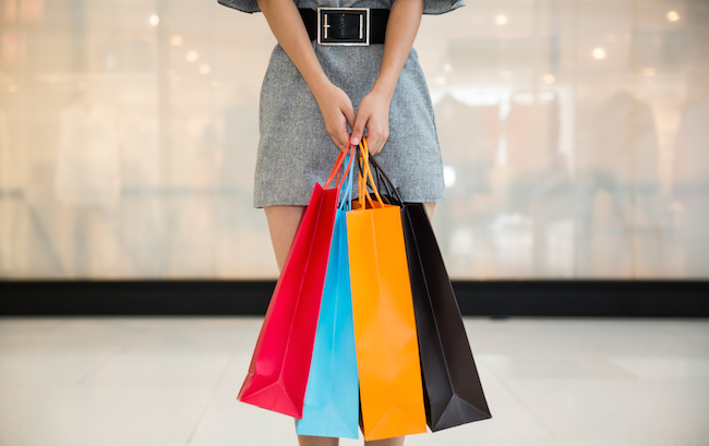 Photo de [E-commerce] Les infos essentielles: Spartoo ouvre son premier magasin, l'ex-DG de vente-privée passe chez Carrefour…