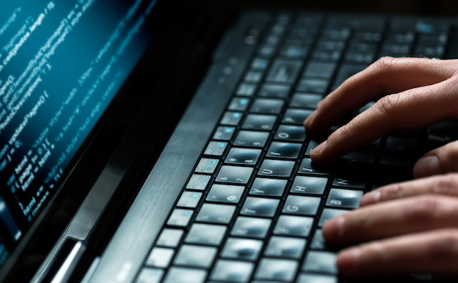 cyber-attaque-clavier-hacking