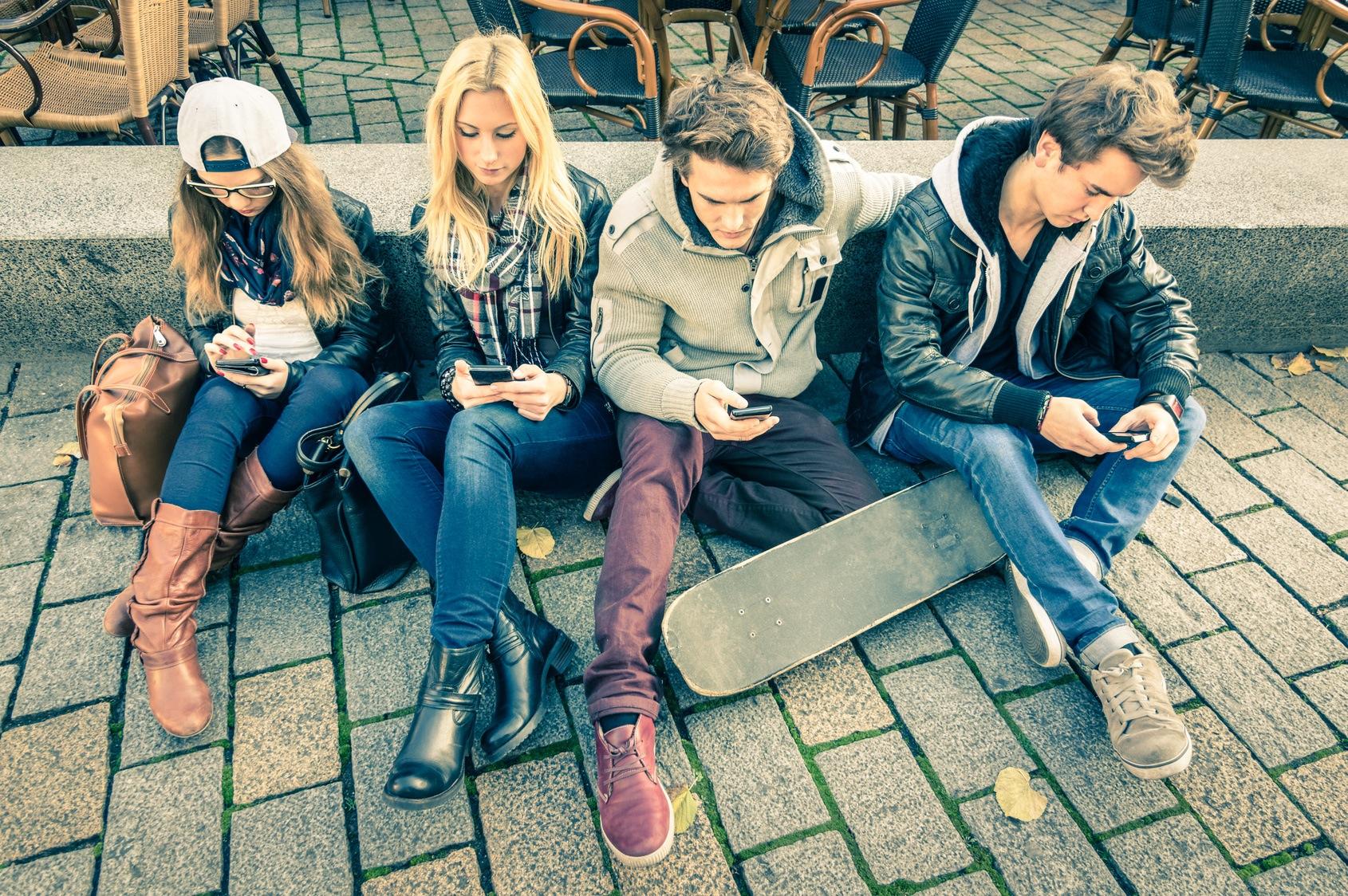 Photo de 4 profils de la génération Y et leurs leviers marketing