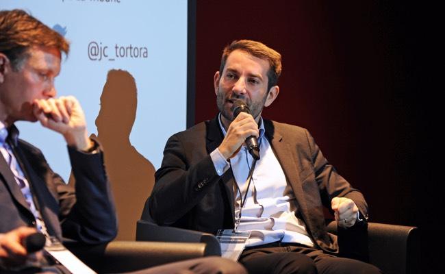 Photo de Jean-Christophe Tortora, La Tribune : «vous êtes désormais une rédaction digitale!»