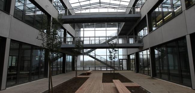 Photo de Une «serre» de 17 000m2 à Valenciennes pour la création numérique