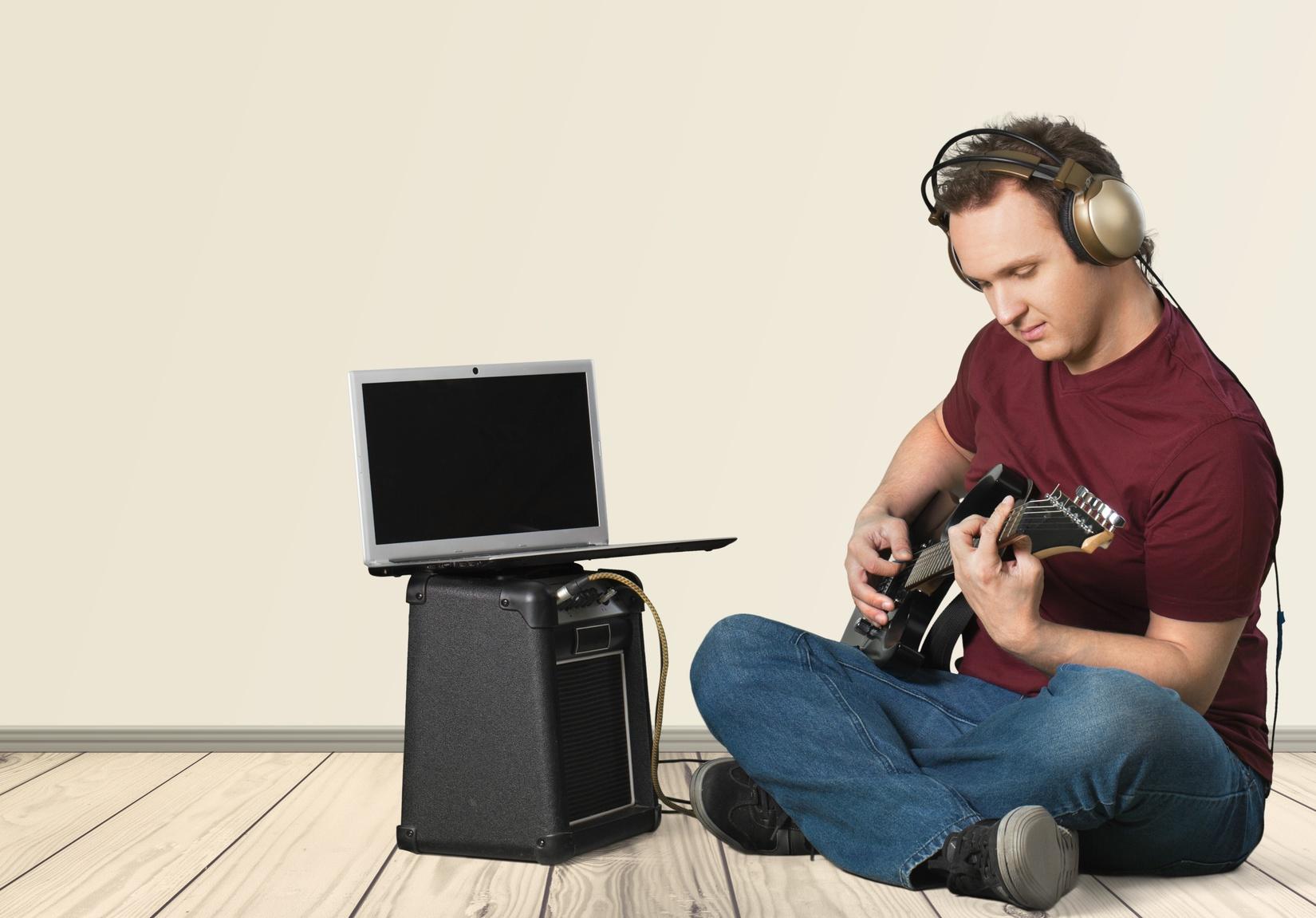 Music, Guitar, Computer.