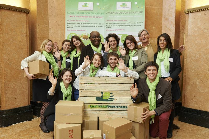 equipe-operationelle-agence-don-en-nature
