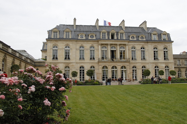 Photo de 6 solutions qui veulent «changer le système» politique en France