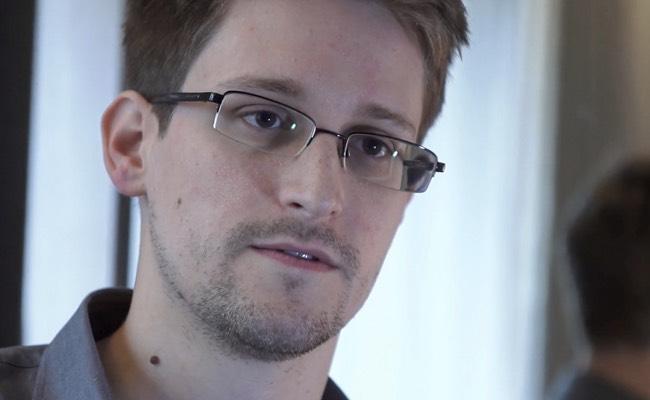 Photo de [INSIDERS] Isobar et la business school…Wonderbox et Lendix…Edward Snowden…