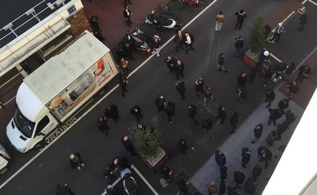 Maj] manifestation de vtc devant les bureaux duber france decode