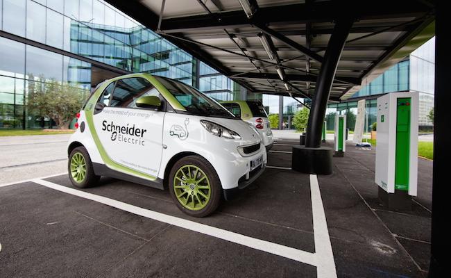 Photo de Quelle place pour Schneider Electric dans la bataille du numérique?