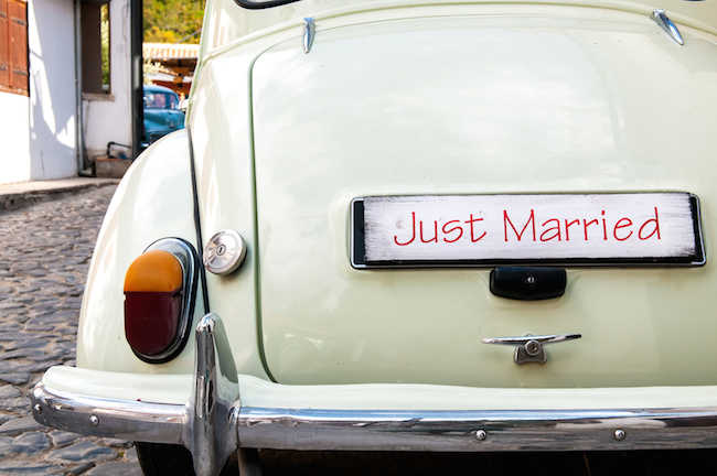 Just Married plate on a retro car