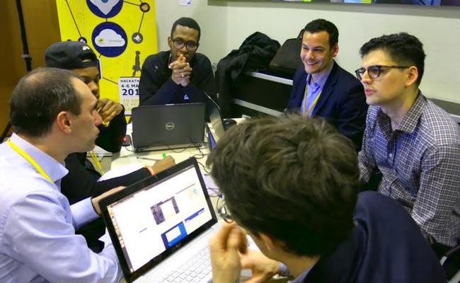 Photo de La Poste fait les yeux doux aux développeurs avec sa plateforme Developer