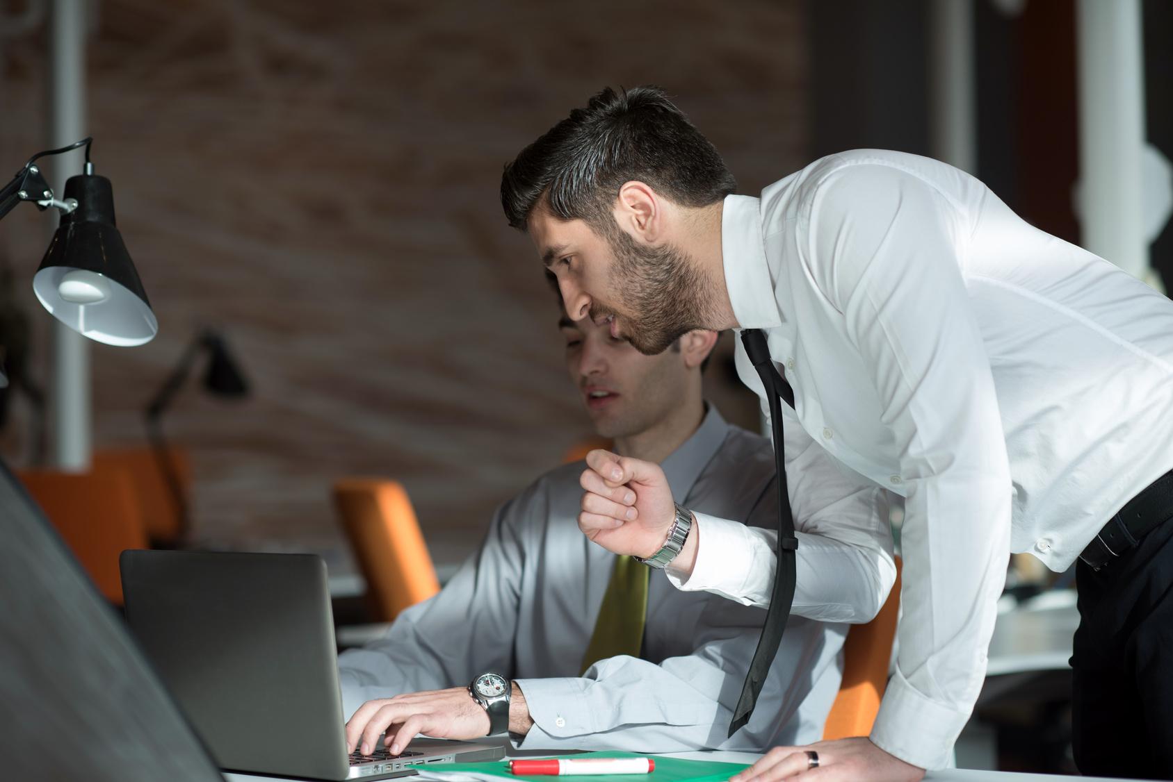 Photo de [INSIDERS] En région, un développeur débutant gagne au minimum…