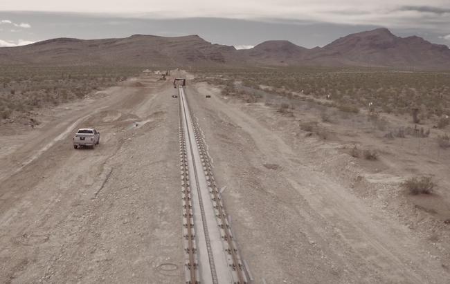 Photo de Hyperloop One, 80 millions de dollars pour tester la propulsion des voyageurs en plein désert