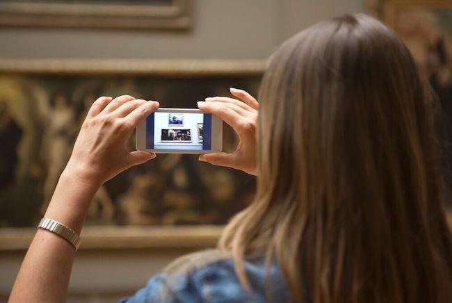 Photo de [INSIDERS] smArtapps lève 1 million de dollars pour réinventer les visites de musées…