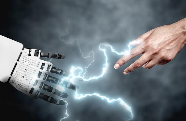 Photo de Robotisation VS Homme dans la relation client: qui l'emporte?