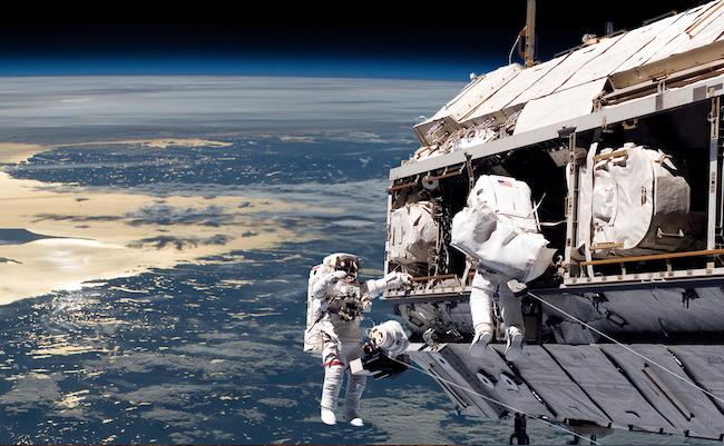 astronautes-equipe-650-400