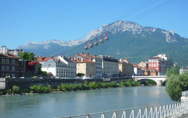 Photo de [Made in Grenoble] La Lovebox, le Darknet et le GEM Day…