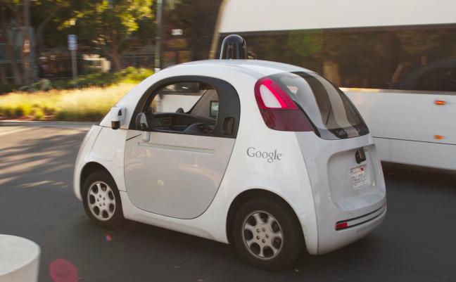 Photo de Deux ans pour avoir des autoroutes et des voitures intelligentes en Europe, mission impossible?
