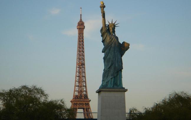tour-eiffel-statue-de-la-liberte