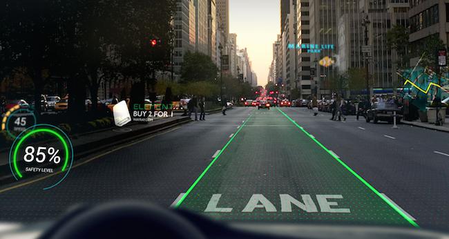 Photo de Alibaba injecte 18 millions de dollars dans WayRay pour intégrer la réalité augmentée dans la voiture