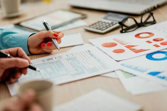Devenir-community-manager-freelance-le-comptable