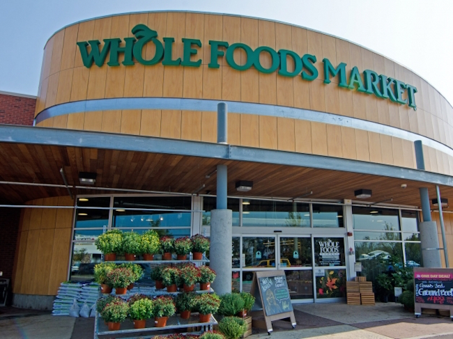 Photo de Amazon mise 13,7 milliards de dollars sur Whole Foods Market
