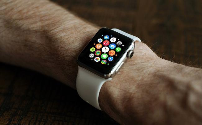 smartwatch-wearable-tracker-pixabay