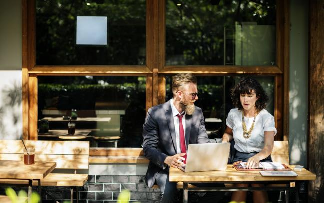 Photo de Reverse mentoring: 5 raisons de le mettre en place
