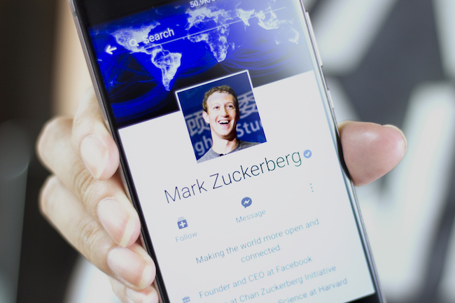 Devant le Congrès, Mark Zuckerberg reconnait