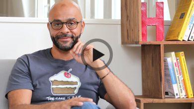 Photo de Mo Gawdat, ancien directeur de Google X, connaît la formule pour vous rendre heureux
