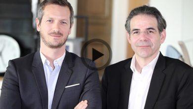 Photo de Le Débrief de la semaine avec Thomas Guignard (Waze) et Vincent Lorphelin (Venture Patents) avec Richard Menneveux, fondateur de FrenchWeb.fr