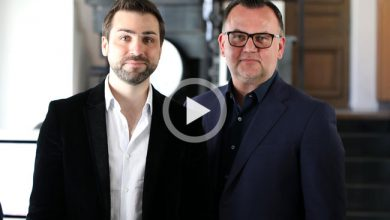 Photo de Le Débrief de la semaine avec Romain Sambarino (Allo-Media), Jérôme Mercier (Campings.com) et Richard Menneveux